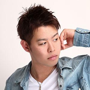 DJ TOMOHITO
